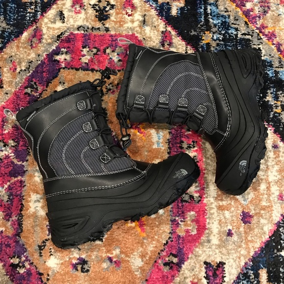 ca0a8daa7 The North Face • Kids Snow Boots • Size 3